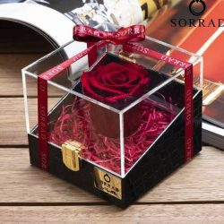 باکس گل رز جاویدان1